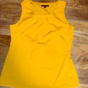 Banana Republic blouse 👚